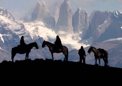 torres-del-paine-horse-ride